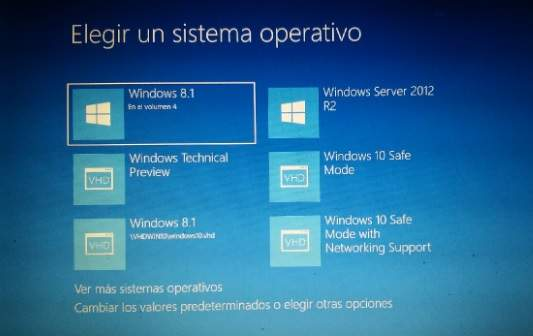 Añadir Modo Seguro en el Menu de booteo de Windows 10